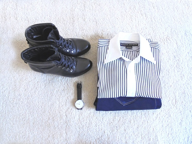 outfit-1567534_640